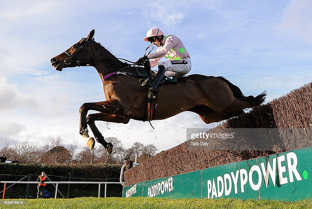 Leopardstown Christmas Festival - Day 2 : News Photo