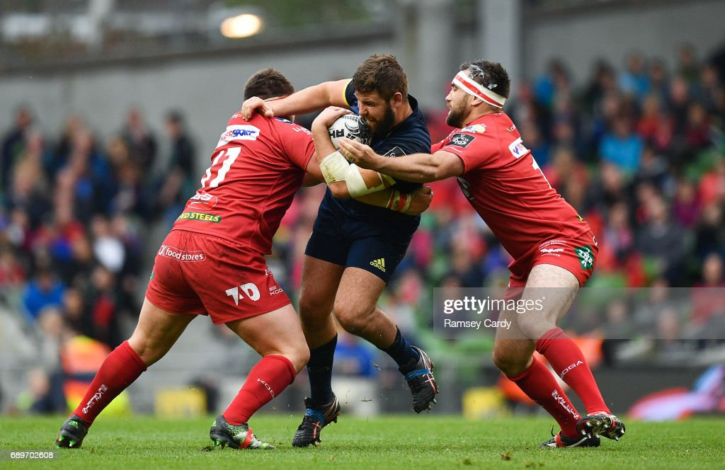 Munster v Scarlets - Guinness PRO12 Final : News Photo