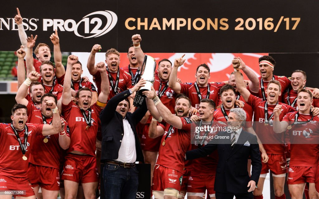 Dublin , Ireland - 27 May 2017; Scarlets captain John Barclay lifts the trophy following their victory the Guinness PRO12 Final between Munster and Scarlets at the Aviva Stadium in Dublin.