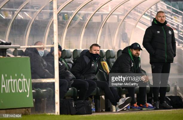 Dublin , Ireland - 28 February 2021; Robbie Keane, a member of the Shamrock Rovers backroom team, centre, with Shamrock Rovers sporting director...