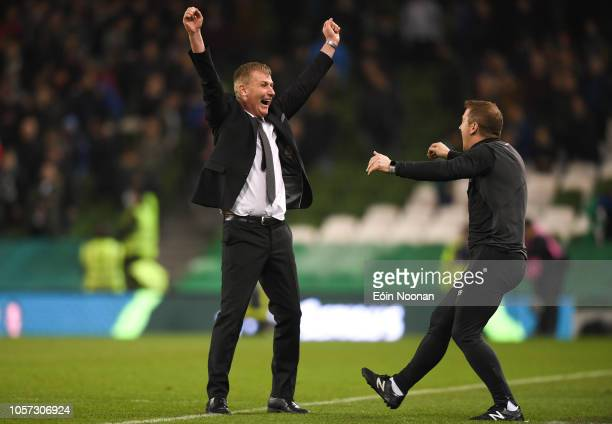 Dublin Ireland 4 November 2018 Dundalk manager Stephen Kenny celebrates with assistant manager Vinny Perth at the final whistle during the Irish...