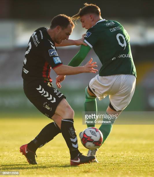 Dublin Ireland 8 June 2018 Ronan Curtis of Derry City in action against Derek Pender of Bohemians during the SSE Airtricity League Premier Division...