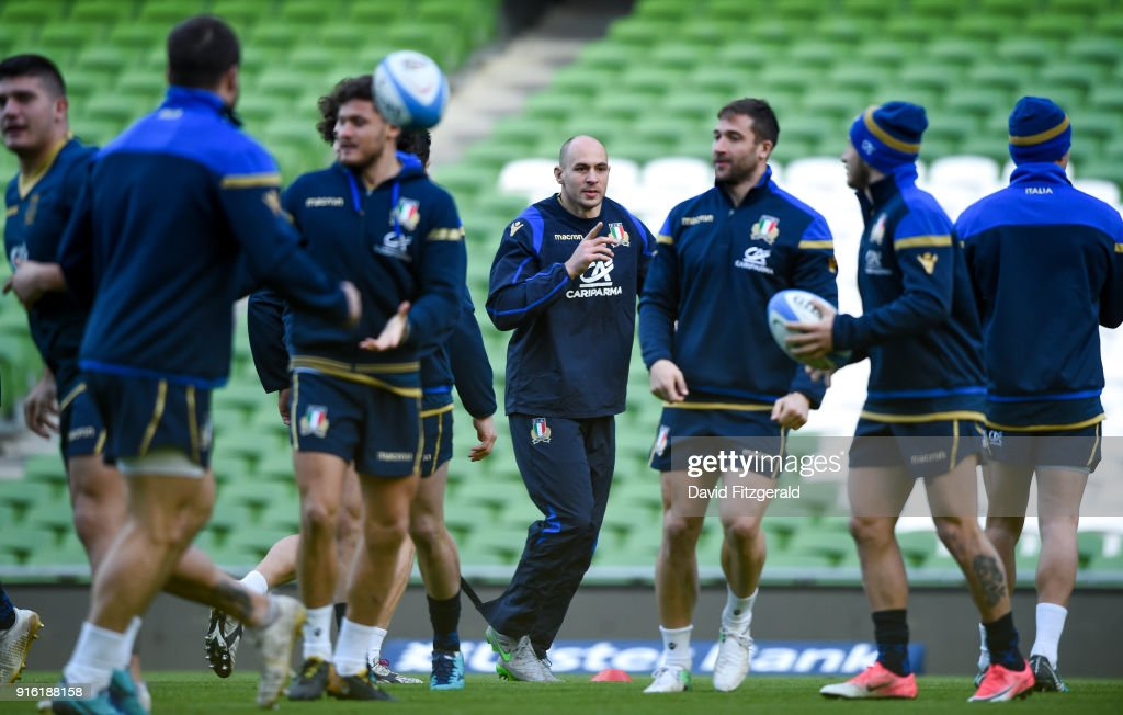 Italy Rugby Captain's Run and Press Conference : ニュース写真