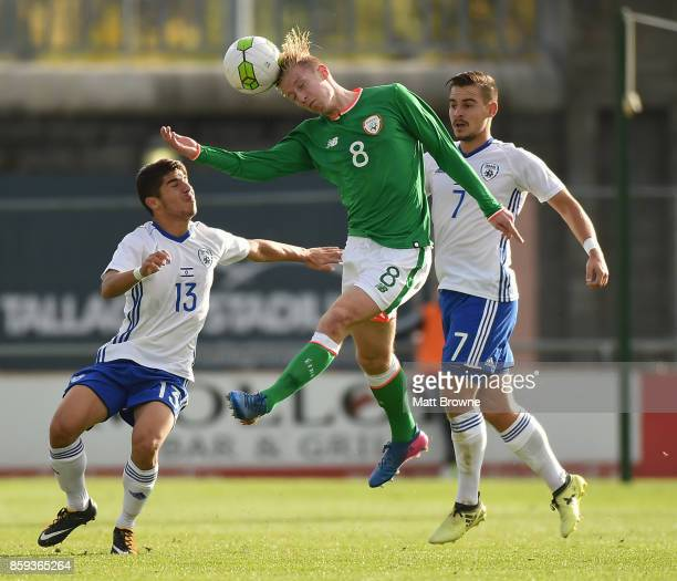Dublin Ireland 9 October 2017 Henry Charsley of Republic of Ireland in action against Manor Solomon and Maxim Plakushchenko of Israel during the UEFA...