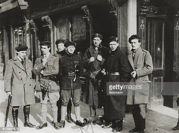 Dublin Republic of Ireland Black Tans guarding Dublin street after a shooting on Gloucester Road These are RIC cadets with Lewis machineguns