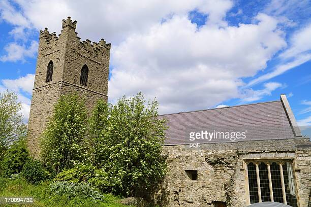 dublin - st. audoen's parish church - pejft stock pictures, royalty-free photos & images