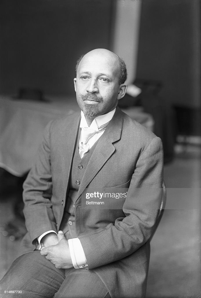 W.E.B. Dubois waits to be called as a witness at the Federal Industrial Relations Commission