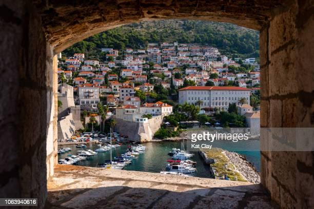 dubrovnik old port, croatia - dalmatia region croatia stock pictures, royalty-free photos & images