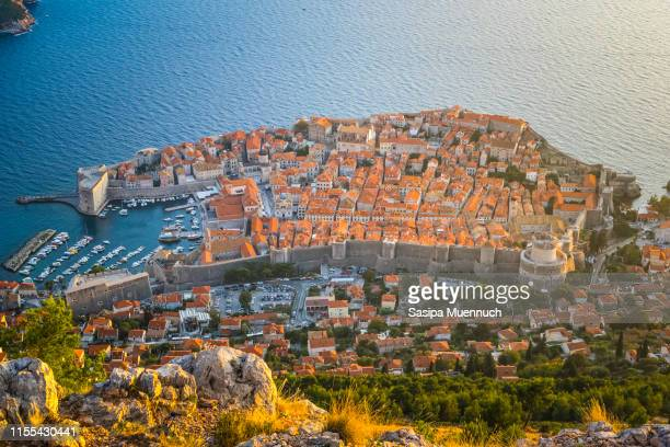 dubrovnik old town, top view - ドブロブニク ストックフォトと画像