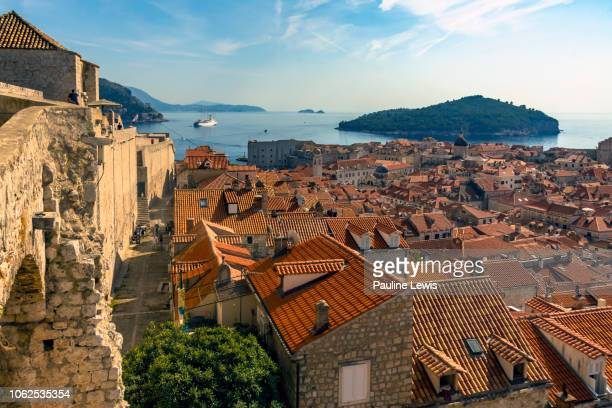 dubrovnik wall, town , harbour and lokrum - ドブロブニク ストックフォトと画像