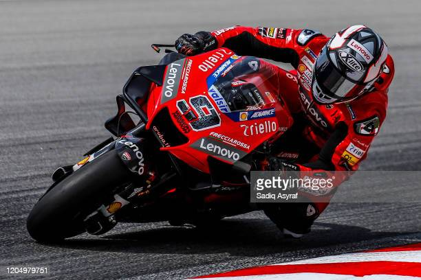 Ducati Team Italian rider Danilo Petrucci rounds the bend during the MotoGP pre-season test at Sepang International Circuit on February 9, 2020 in...