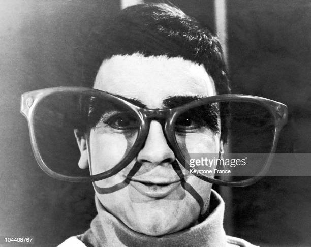 Dudley MOORE with huge glasses in NOT ONLY BUT ALSO for the BBC 2 on February 9 1966
