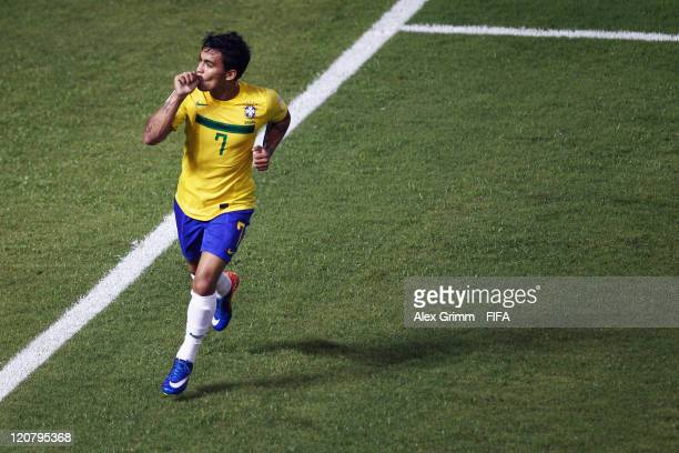 Dudu of Brazil celebrates his team's third goal during the FIFA U20 World Cup 2011 round of 16 match between Brazil and Saudi Arabia at Estadio...