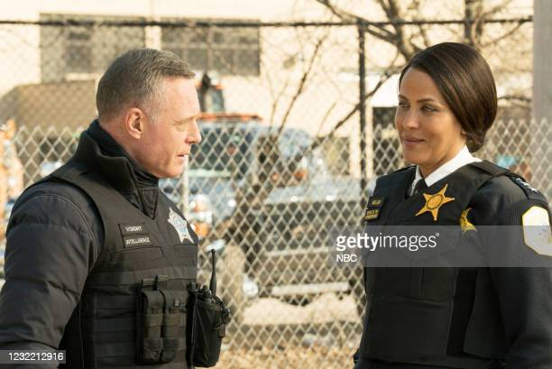 "Due Process"" Episode 812 -- Pictured: Jason Beghe as Hank Voight, Nicole Ari Parker as Samantha Miller --"