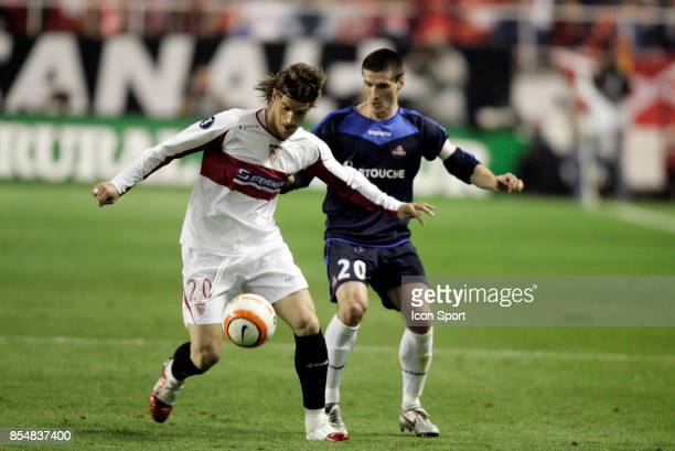 Duel Aitor OCIO / Gregory TAFFOREAU FC Seville / Lille Coupe de l'UEFA