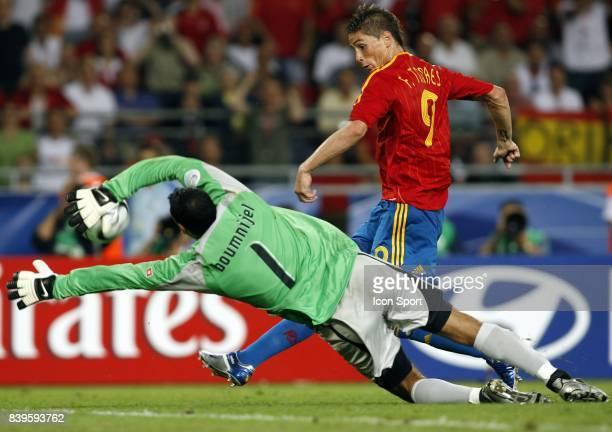 Duel Fernando TORRES / Ali BOUMNIJEL Espagne / Tunisie Coupe du Monde 2006
