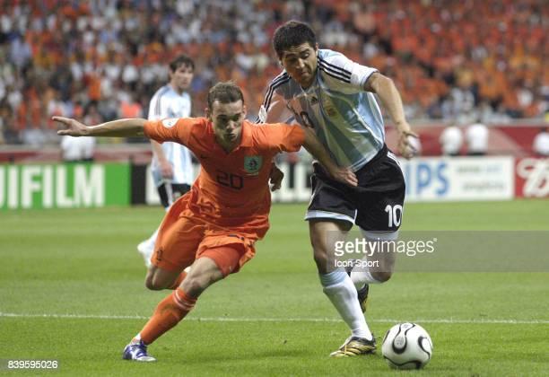 Duel Juan RIQUELME / Wesley SNEIJDER Argentine / Pays Bas Coupe du Monde 2006