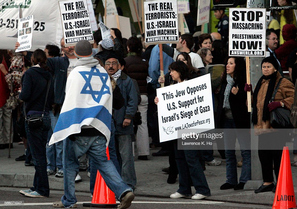 Dueling rallies in front of the Israeli Consulate in Los Angeles on