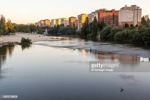 duero river traversing city of valladolid - valladolid spanish city stock pictures, royalty-free photos & images