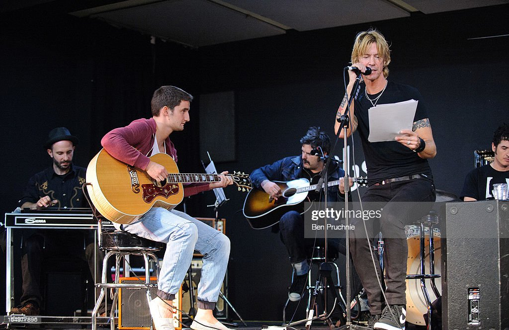Duff McKagan performs with wounded soldier Danny O'Connor through the Help for Heroes charity on October 29, 2012 in London, England.