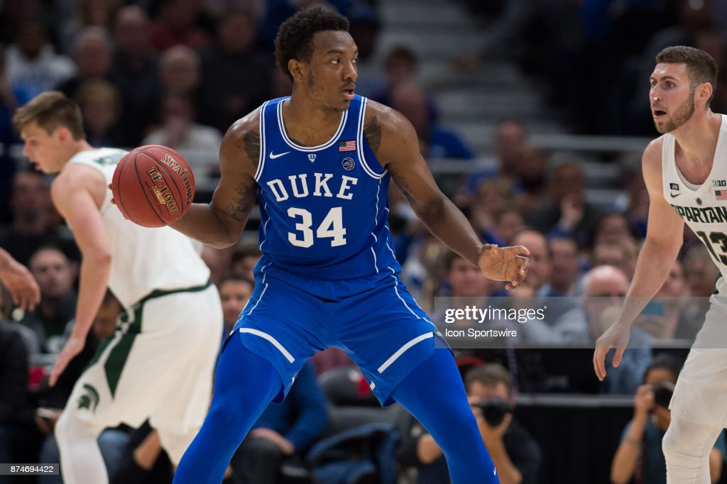 COLLEGE BASKETBALL: NOV 14 State Farm Champions Classic - Duke at Michigan State : News Photo