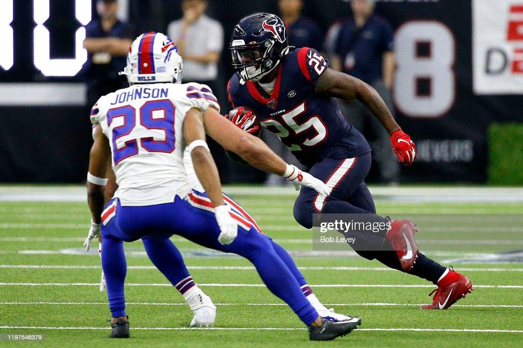 Wild Card Round - Buffalo Bills v Houston Texans : News Photo