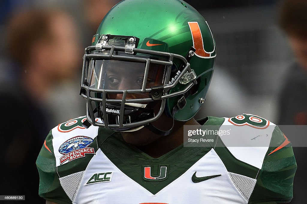 Duck Commander Independence Bowl - Miami v South Carolina : News Photo