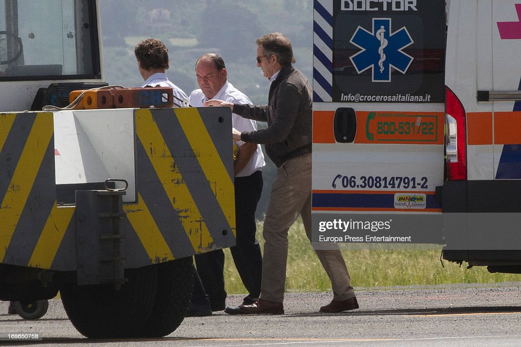 Duke of Alba Alfonso Diez (R) is seen next to the stretcher where Duchess of Alba Cayetana Fitz James Stuart lies down on April 30, 2013 in Rome, Italy.
