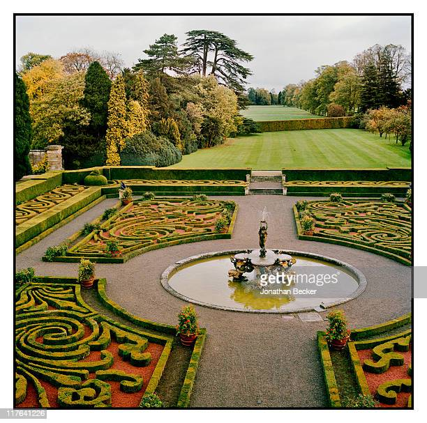 Duke of Marlborough's Blenheim Palace The family's private garden is photographed for Vanity Fair Magazine on October 2527 2010 in Woodstock England...