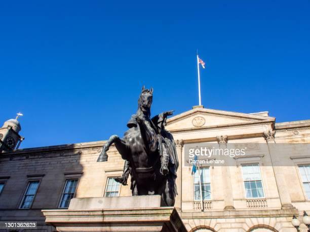 duke of wellington statue edinburgh - duke stock pictures, royalty-free photos & images