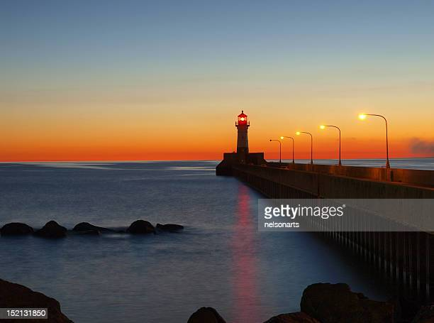 duluth harbor lighthouse - duluth minnesota stock pictures, royalty-free photos & images