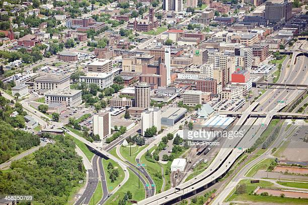 duluth minnesota downtown aerial - duluth minnesota stock pictures, royalty-free photos & images