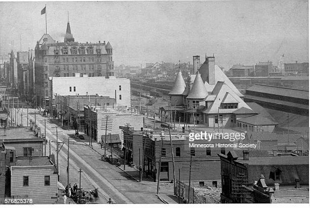 Duluth's Union Depot and Spalding Hotel