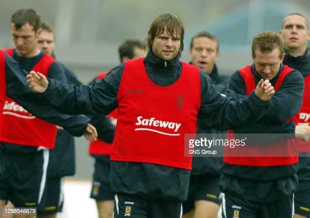 Steven Pressley back training
