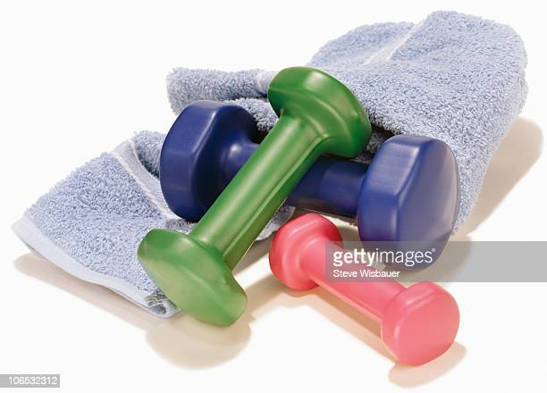 dumbbells and sweat towel - workout gear - hand weight stock pictures, royalty-free photos & images