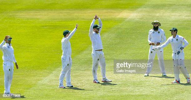 Duminy Faf Du Plessis Hashim Amla and Quinton de Kock of South Africa during day 2 of the 1st Test match between South Africa and Sri Lanka at St...
