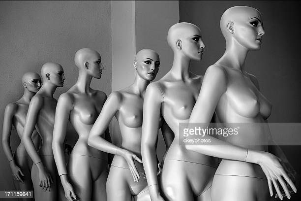 dummies - mannequin stock pictures, royalty-free photos & images