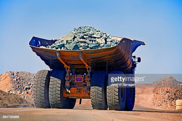 dumper truck western australia - rubble stock pictures, royalty-free photos & images