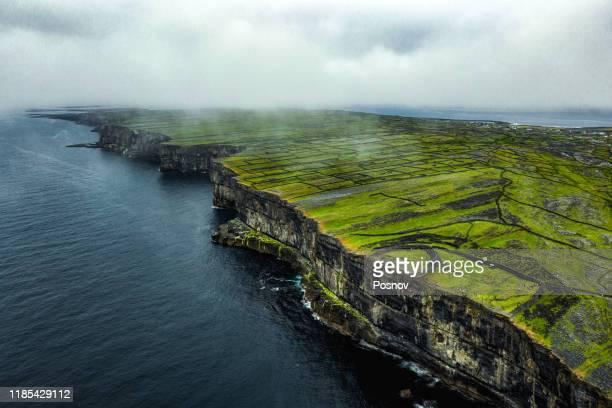 dun aonghasa - ireland stock pictures, royalty-free photos & images