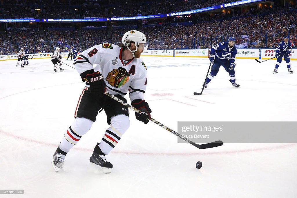 2015 NHL Stanley Cup Final - Game Five : News Photo