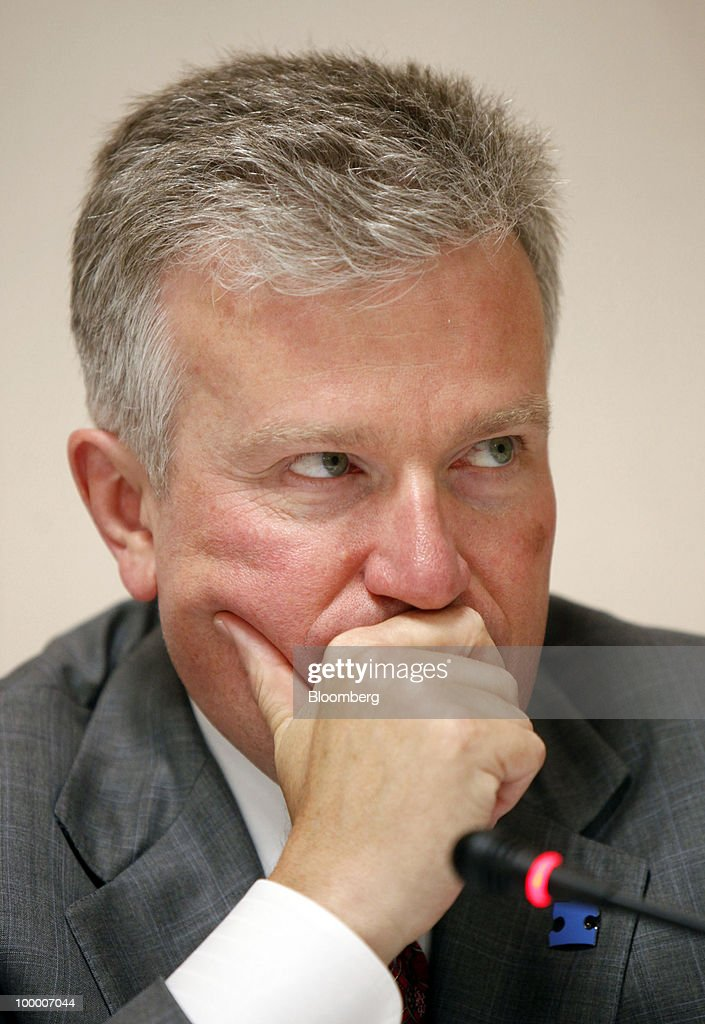 Duncan Niederauer, chief executive officer of NYSE Euronext, attends a news conference in Shanghai, China, on Thursday, May 20, 2010. Germany's ban on naked short-selling 'surprised us' because it was a unilateral move and affected a narrow range of financial products, Niederauer said today in Shanghai. Photographer: Qilai Shen/Bloomberg via Getty Images