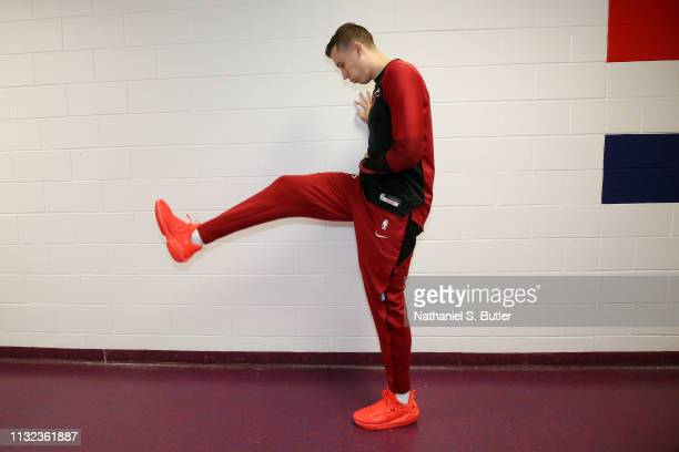 Duncan Robinson of the Miami Heat warms up in the tunnel prior to the game against the Washington Wizards on March 23 2019 at Capital One Arena in...