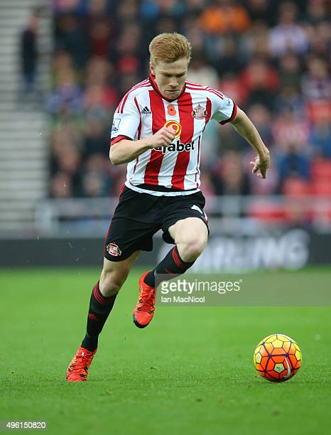 Duncan Watmore of Sunderland controls the ball during the Barclays Premier League match between Sunderland and Southampton at The Stadium of Light on...