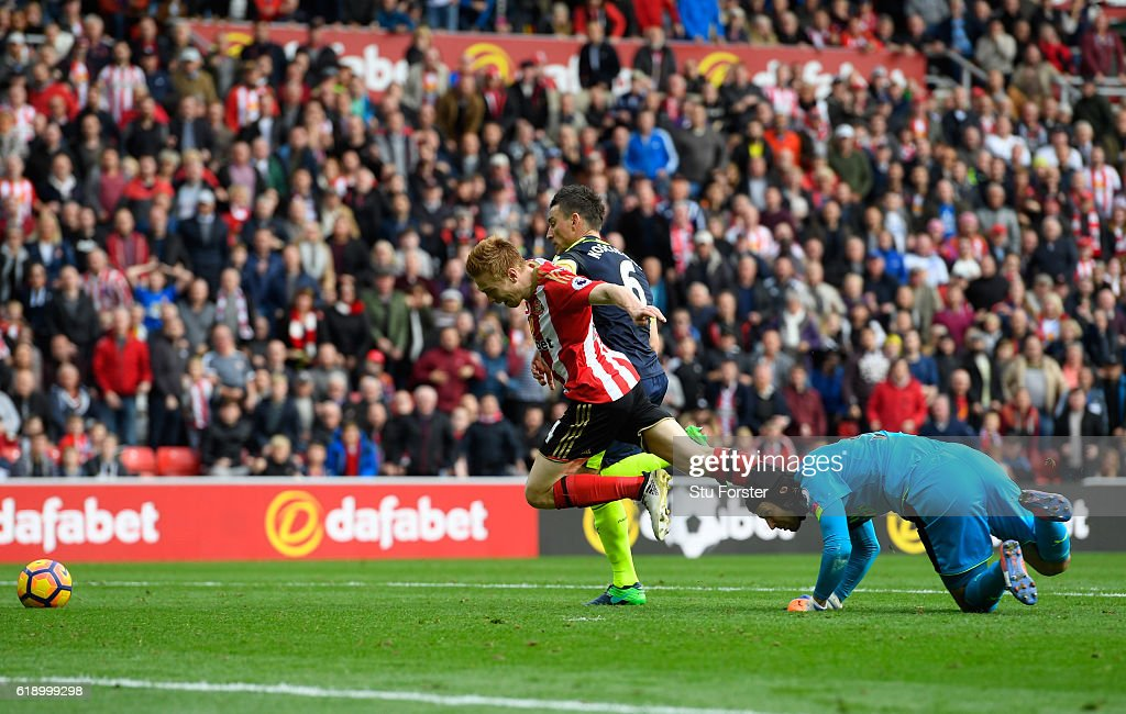 Sunderland v Arsenal - Premier League : ニュース写真