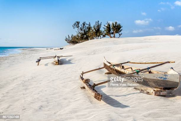 dunes and wild beach - pierre yves babelon madagascar stock pictures, royalty-free photos & images