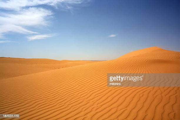 dunes, m'hamid - miloniro stock pictures, royalty-free photos & images