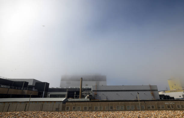 GBR: EDF Decommissions Dungeness B Nuclear Power Station