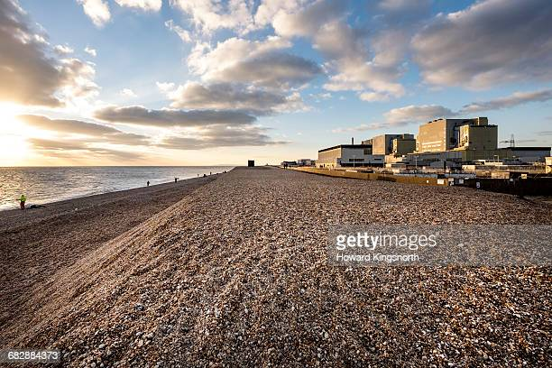 dungeness nuclear power station - dungeness stock pictures, royalty-free photos & images