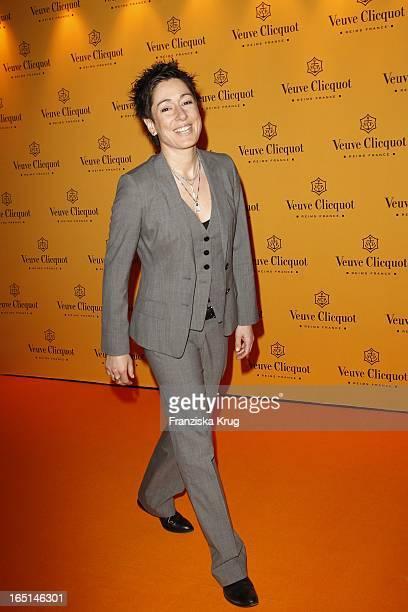 Dunja Hayali Beim 25 Prix Veuve Clicquot Im Hotel De Rome In Berlin