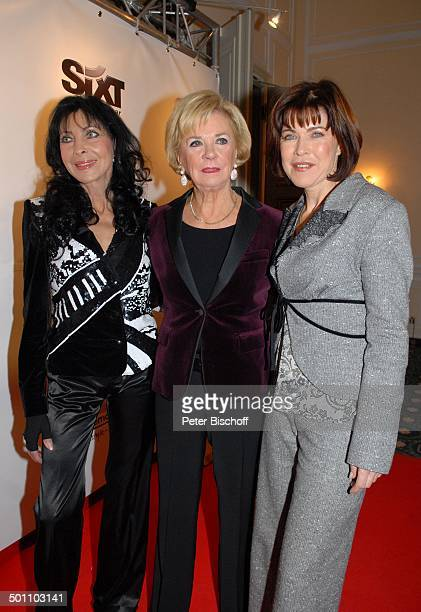 Dunja Rajter Liz Mohn Anja Kruse Christina Duxa Couture Ladies Lunch zugunsten der Stiftung Deutsche SchlaganfallHilfe Hotel Bayerischer Hof...